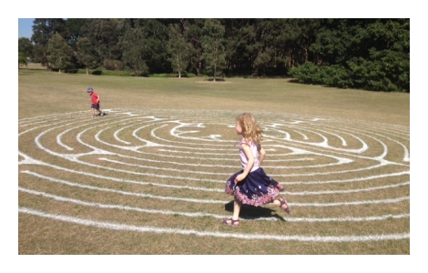 Children on the labyrinth 470x300 NEW